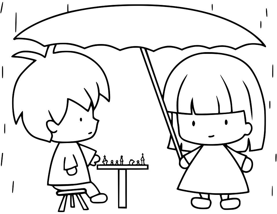 2 đứa trẻ chơi cờ dưới mưa